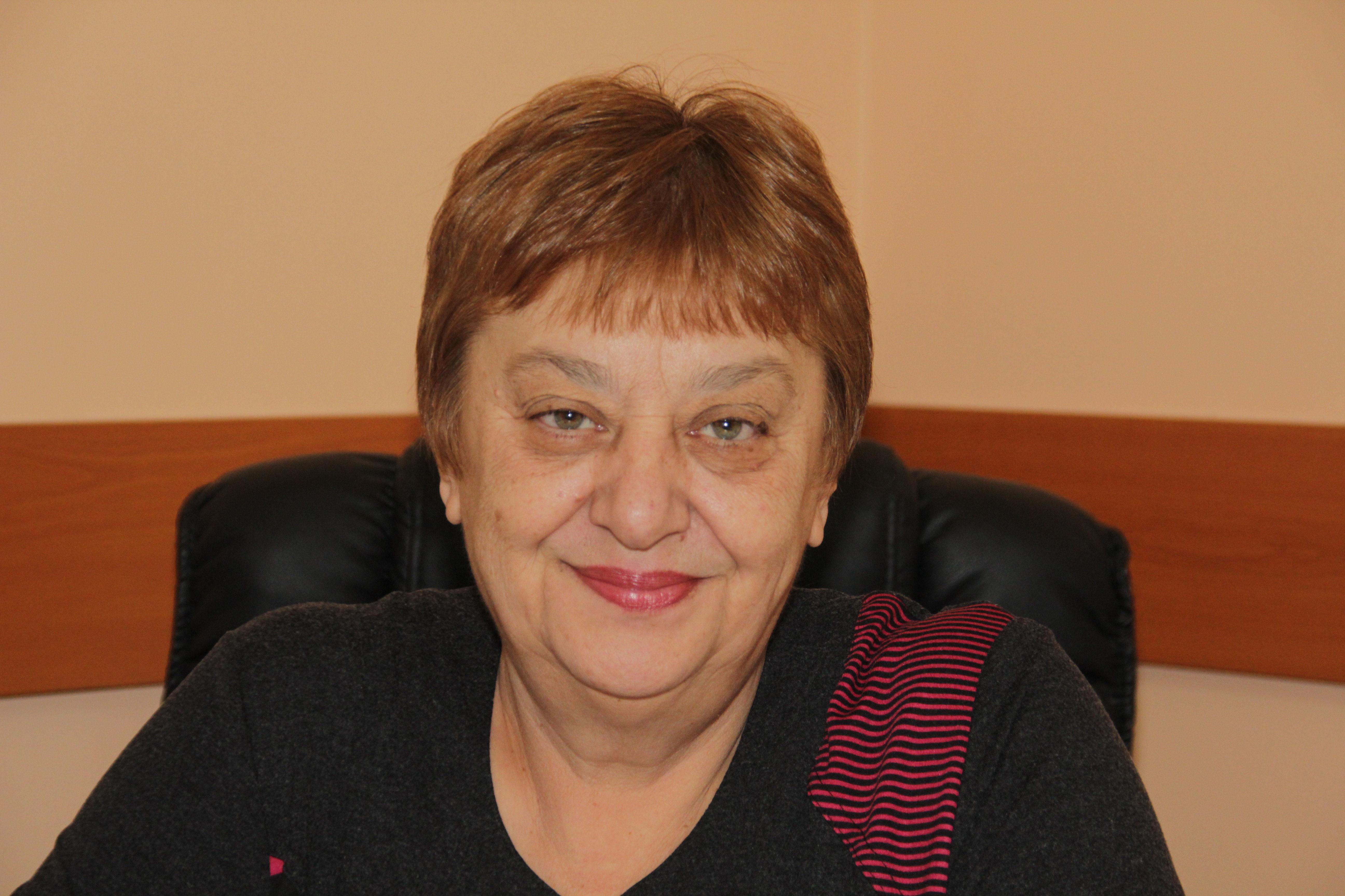 Яна Пеева
